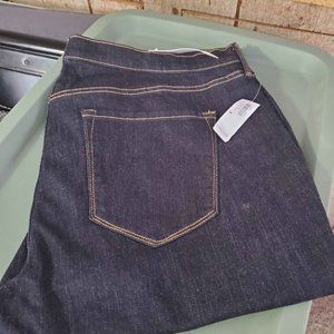 Old Navy ~ Curvy Jeans ~ Size 18